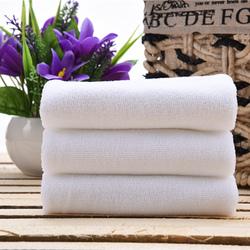 宾馆一次性毛巾批發酒店足疗洗浴纤维不掉毛白色清洁方巾特价浴巾