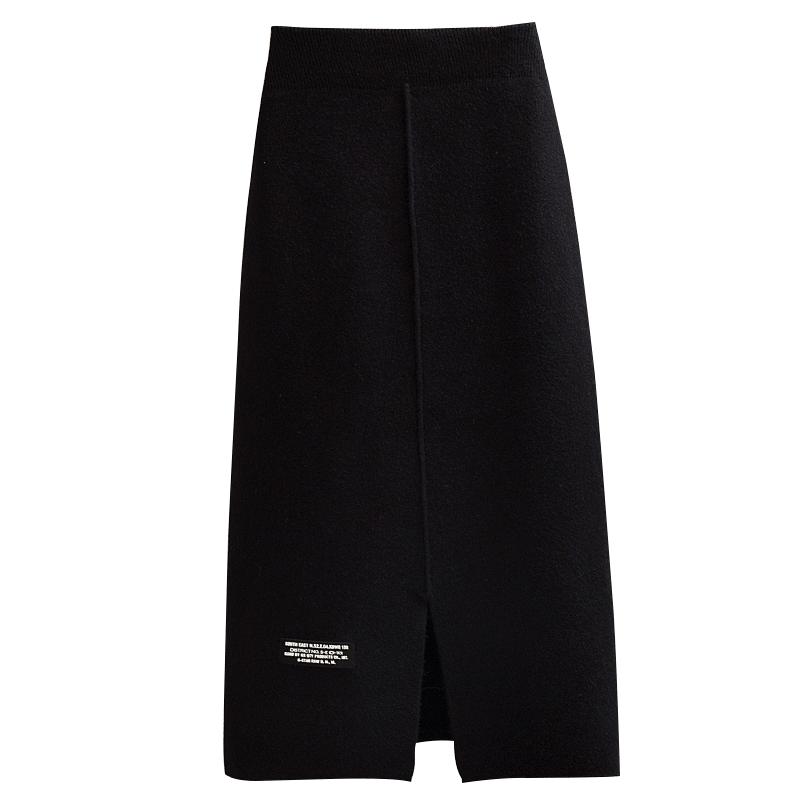 针织半身裙女春秋2020新款毛线中长款百搭黑色字母开叉直筒包臀裙