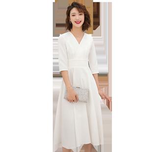新款白色法式小晚禮服裙女宴會晚宴氣質平時可穿簡單大方連衣裙夏