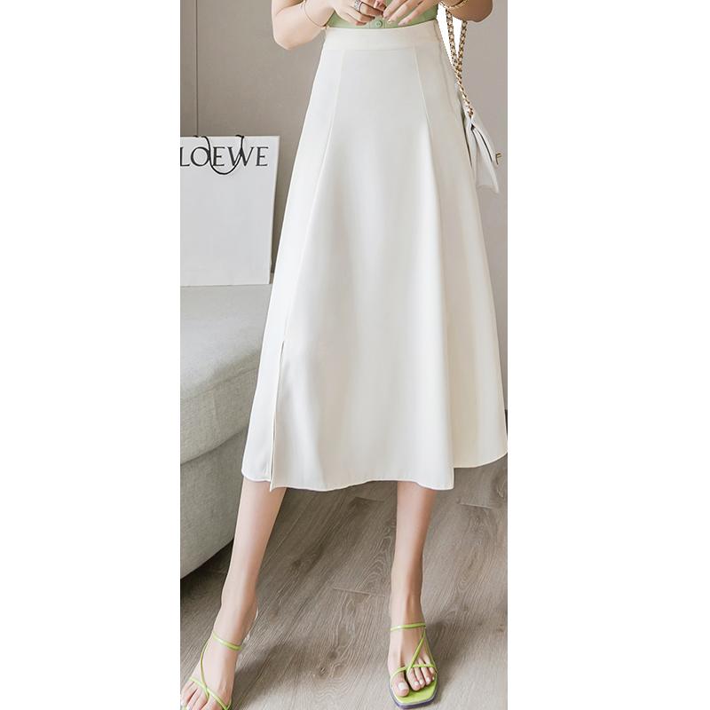 冬季穿a字裙搭什么上衣好看:a字裙搭配衣服的步骤
