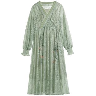微笑向暖復古蕾絲刺繡連衣裙兩件套洋氣減齡裙裝2020年新款裙顯瘦