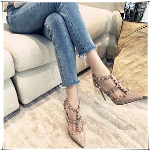 V家鉚釘尖頭高跟鞋細跟2020新款真皮綁帶中跟包頭時裝涼鞋仙女風