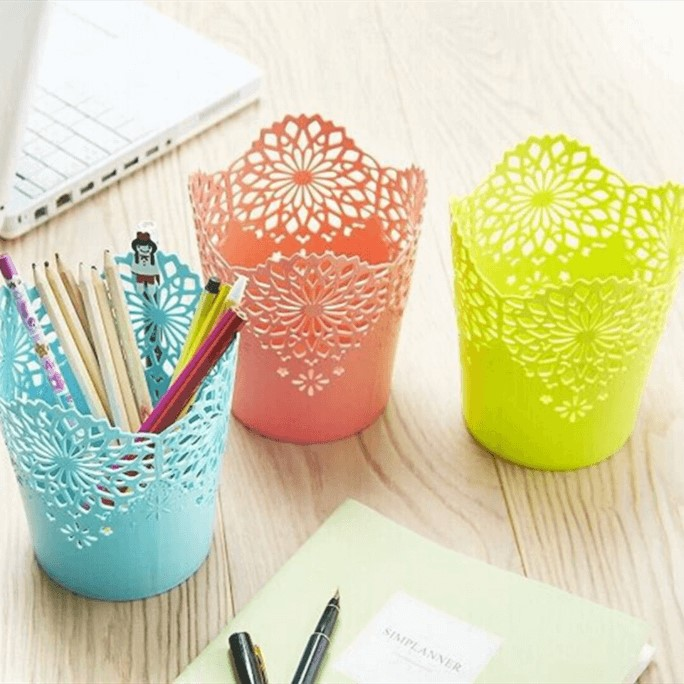 Creative lace plastic pen container multi-functional desk storage box for students office stationery pen container small trash can