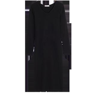 黑色打底連衣裙女長袖雞心領緊身裹身裙子新款一步裙修身針織長裙