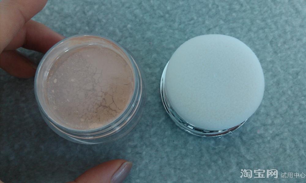 PBA 矿物丝柔散粉 定妆粉使用评价好吗?