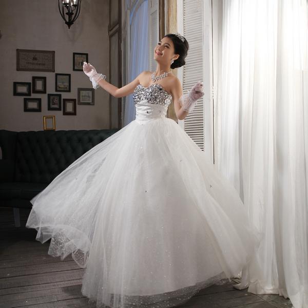Супер потери алмазов принцесса свадебное платье кружево Вышивка Свадебные платья осень/зима 2013 новый акриловый