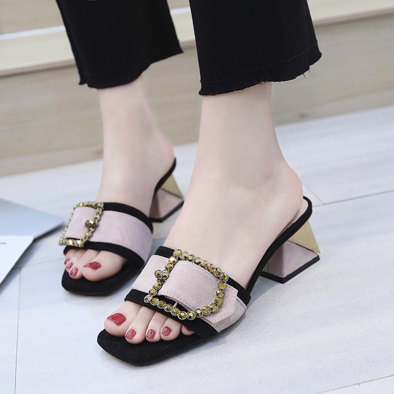 露趾方扣中粗跟一字拖鞋子女2018夏季新款韩版百搭懒人外穿凉拖鞋