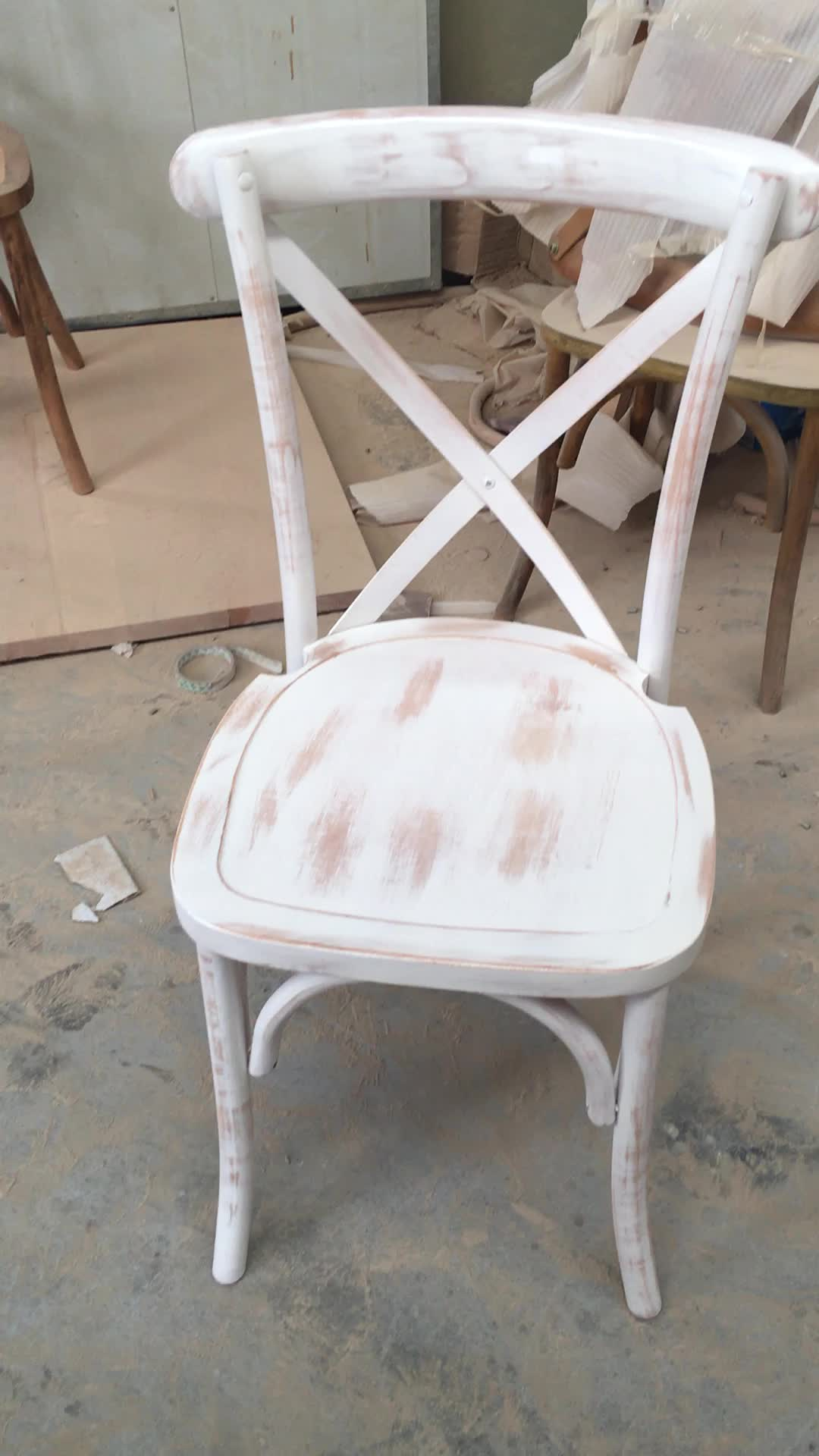 China Factory Outdoor Solid Beech Wood Wedding Event X Cross Back Chair