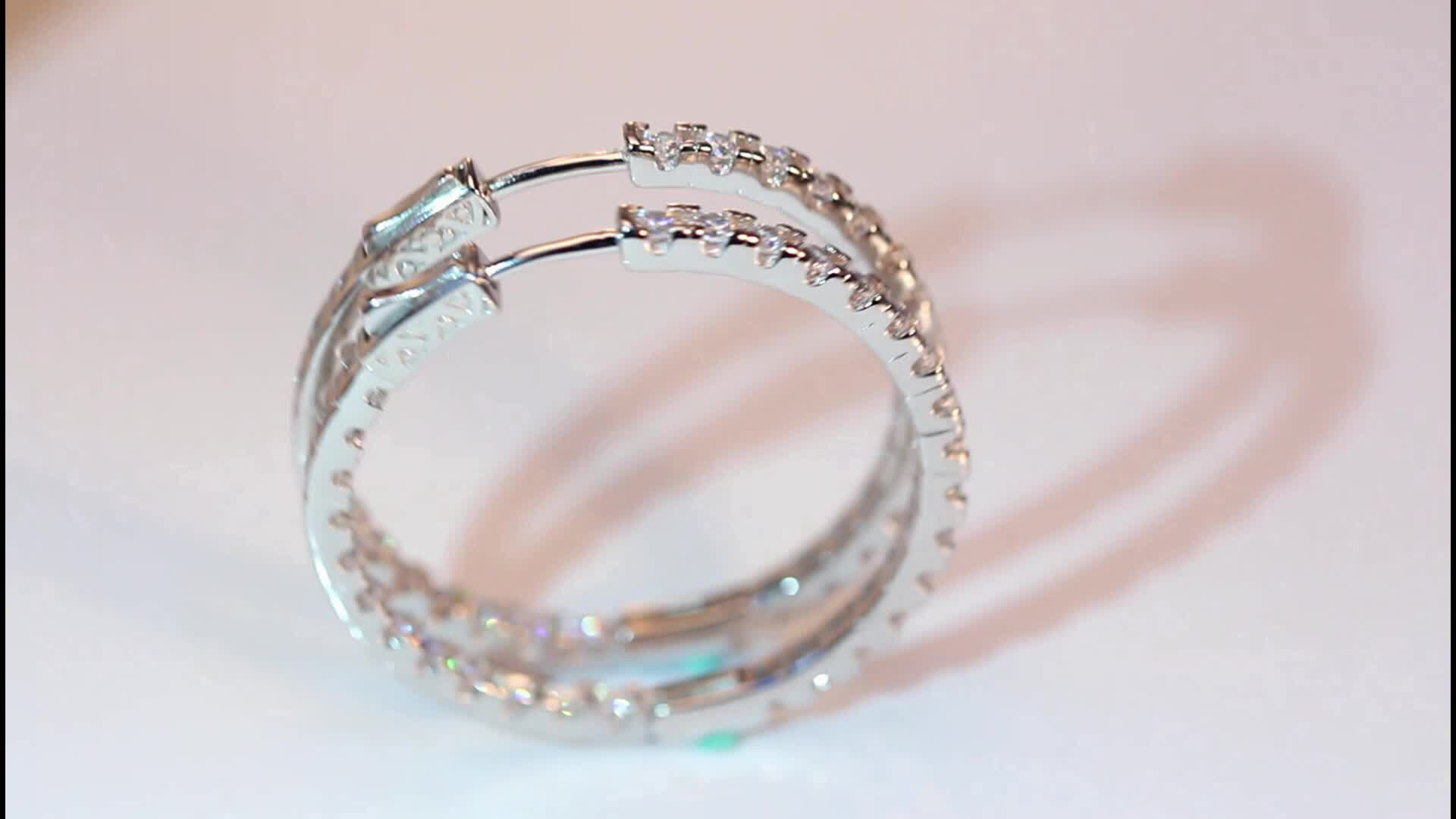 2019 Silver Color High Polished Hoop Earrings Paved with AAA Austrian Cubic Zirconia for Wedding Party Jewelry RIE137