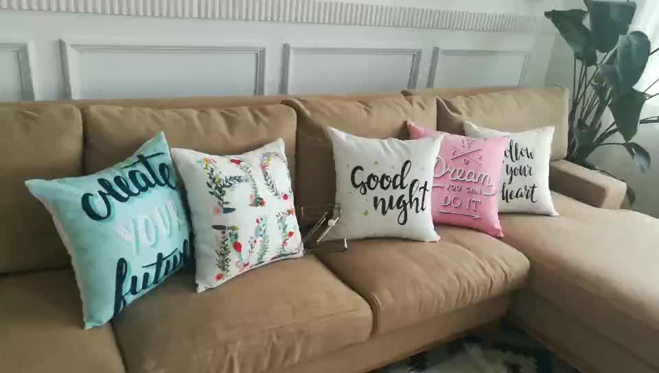 Nouvelle Arrivée Poly Et Coton Tissu Décoratif Personnalisé OEM Impression Alphabet textile slogan Design Throw parole Taie d'oreiller