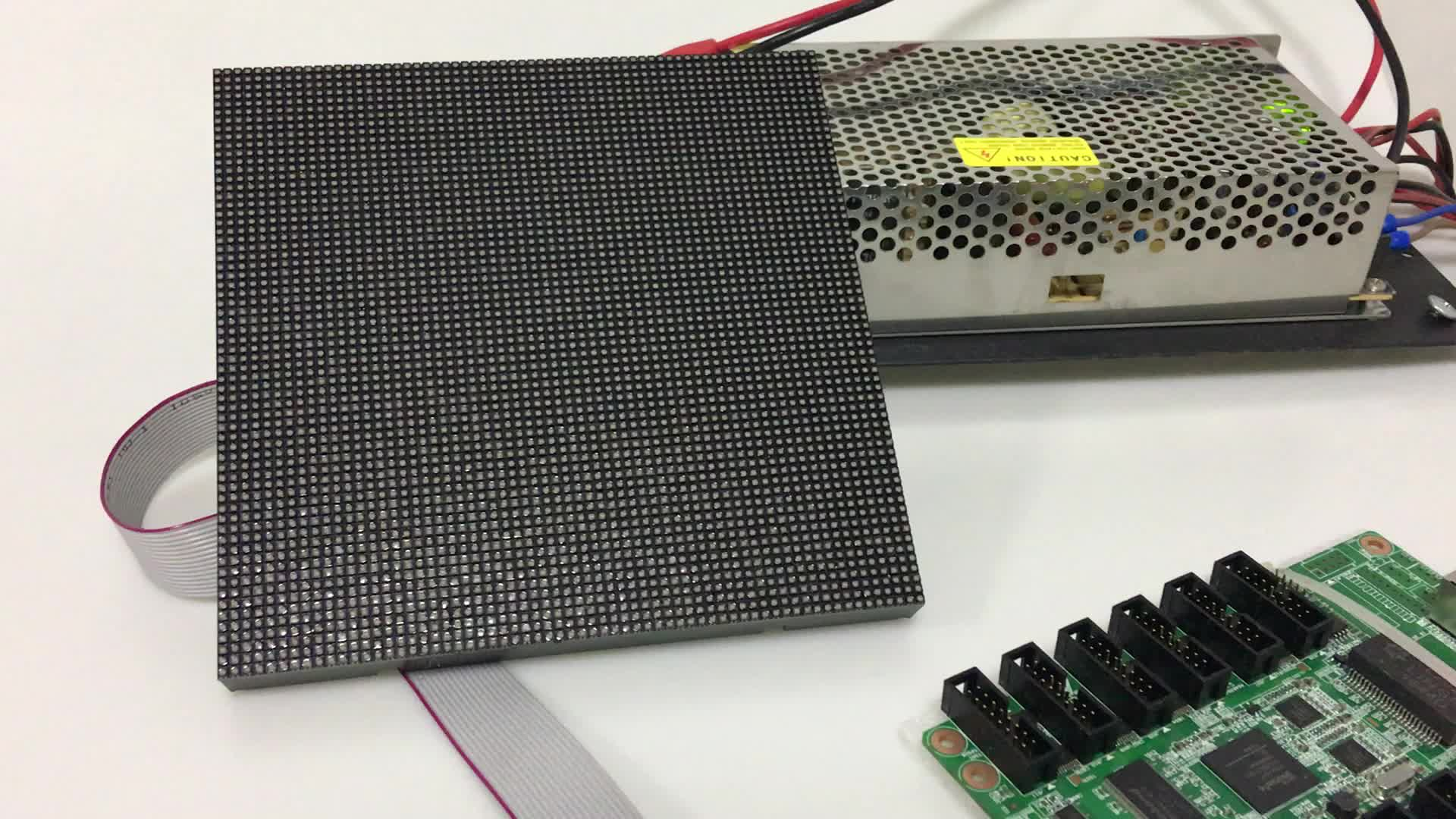 High Quality Indoor Full Color SMD 3in1 RGB Led 64x64 Dots P2.5 LED Modules