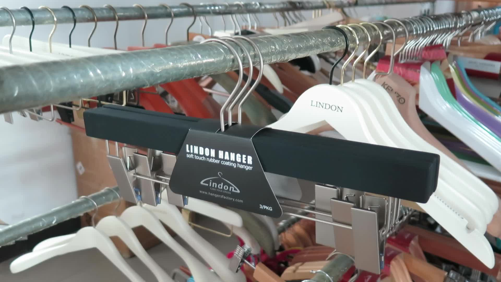 Assessed Supplier LINDON Manufacturer Luxury Grey Rubber Coated Wooden Trouser Hangers