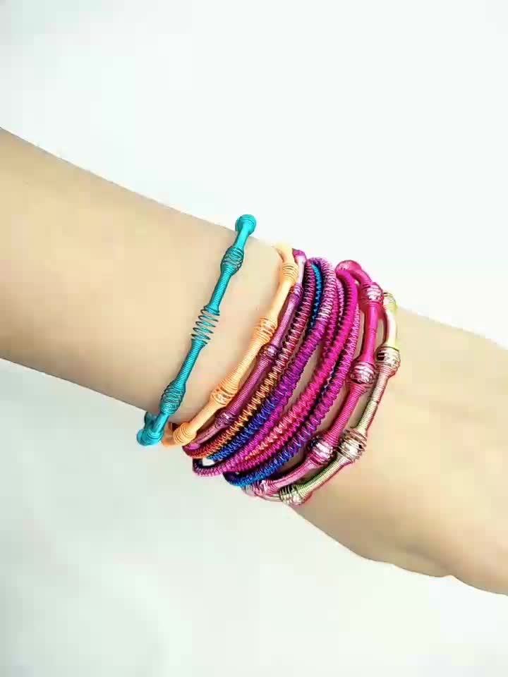 Promotional New Design Colorful Metal Coil Spring Bracelets Fashion Bracelet For Kids