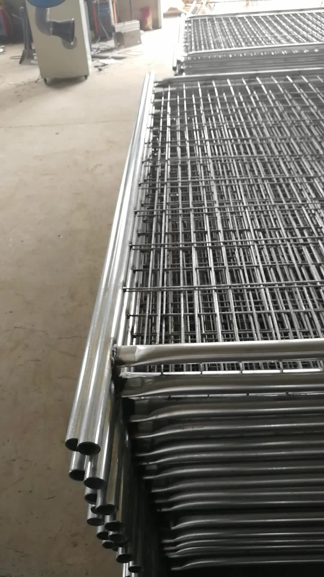 As 4687 Standard 2 4x2 1m Size Temporary Fence With