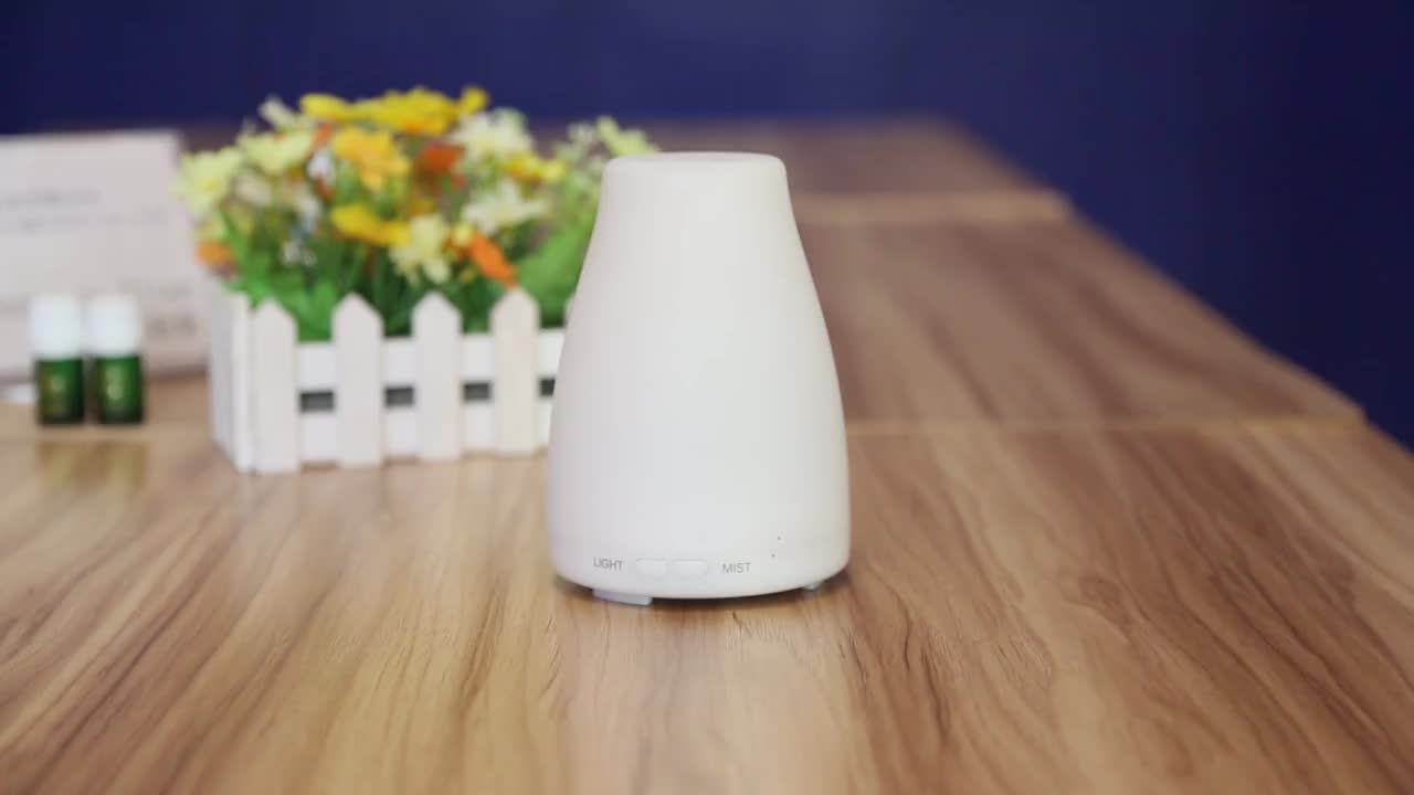 Aromacare Bestseller 2017 100ml Electric Air Freshener Diffuser For Large Room