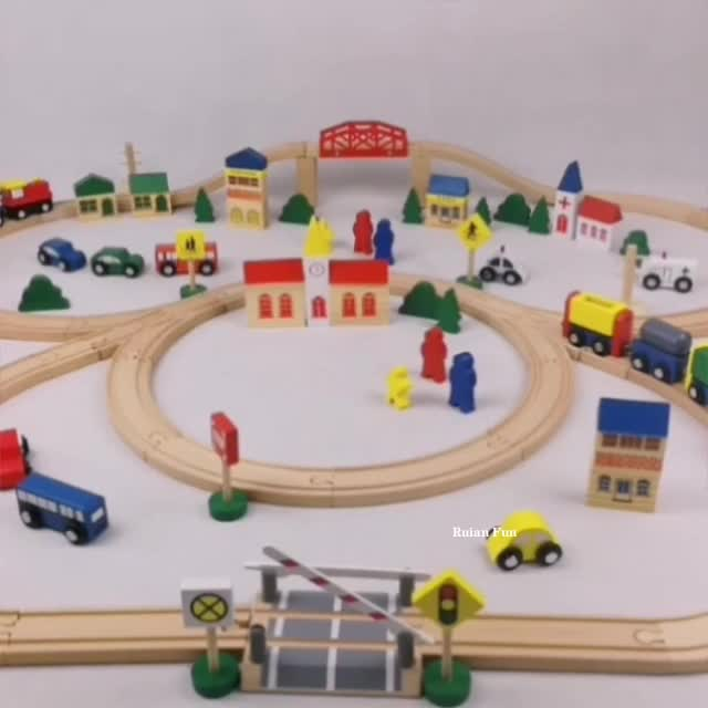 Factory Supplies 100piece Wooden Train Set for Kids