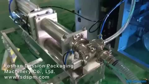 Automatic Packing Liquid Pouch Filling Machine