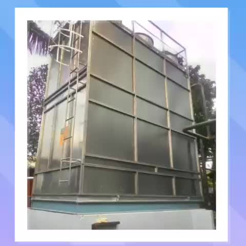 Closed evaporative cooling tower