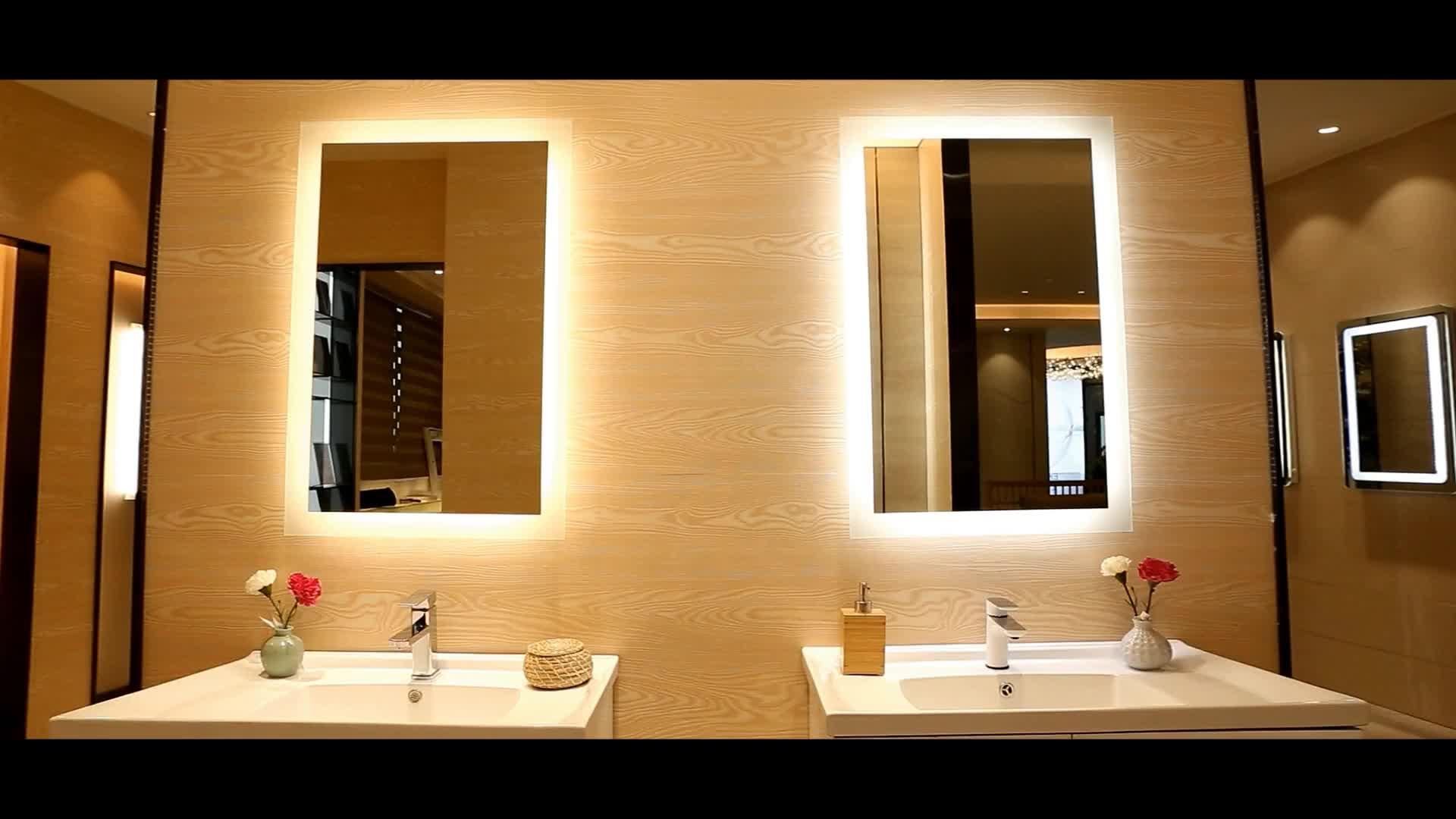 Popular Bathroom Design Wall Mounted Fog Free Shower