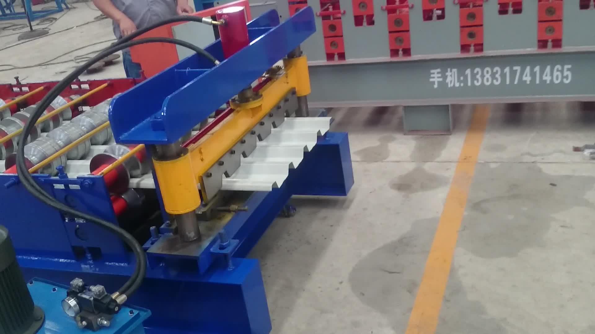 Dachziegelmaschine