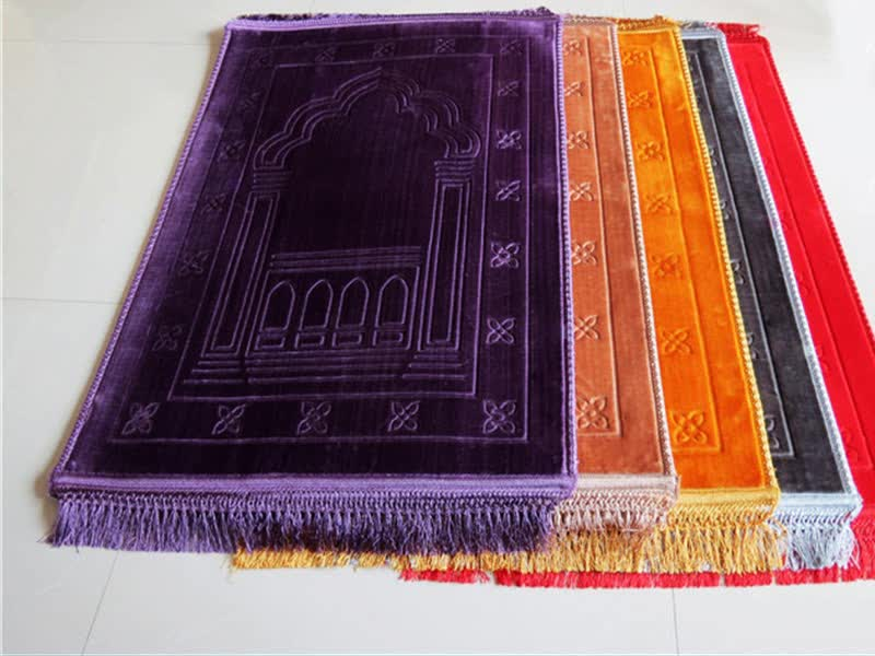 modern washable high quality embossed travel prayer mat rugs for islamic