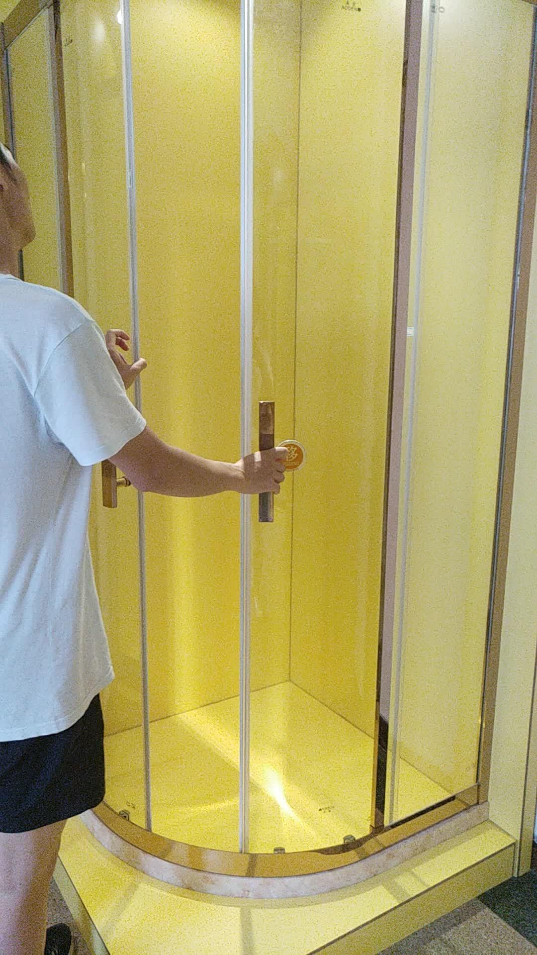 ห้องน้ำสภาพอากาศ PVC พลาสติกแม่เหล็กประตูยางซีล