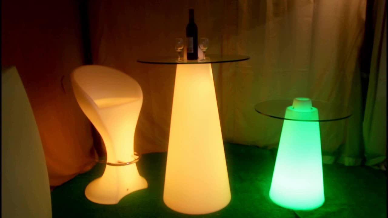 High peak led cocktail table with glass top illuminated for Cocktail tables led