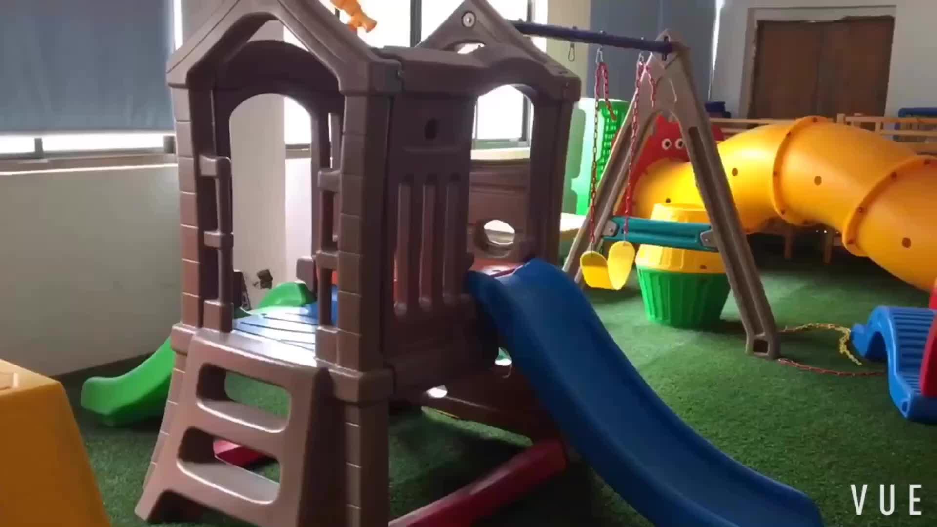 Rotomolding Huis Stijl Outdoor en Indoor Plastic Play Glijbaan en Schommel Set