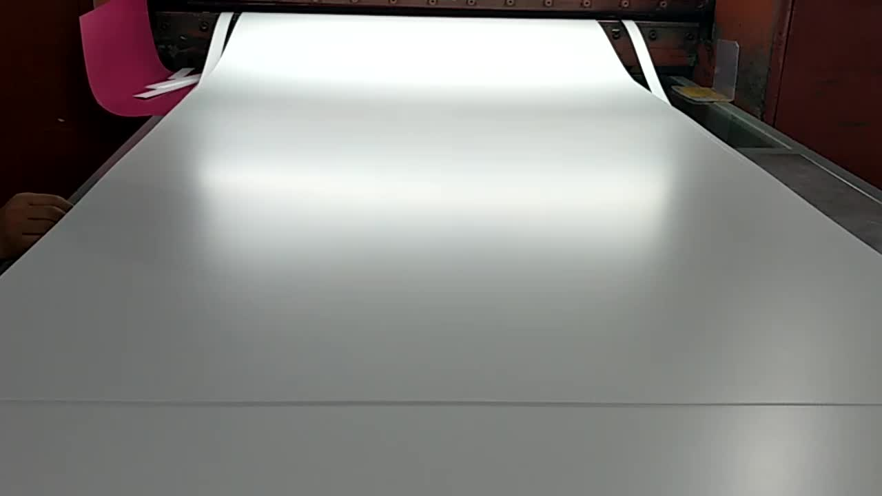 Opaque Plastic Sheeting Polymer Material Gloss Matte White