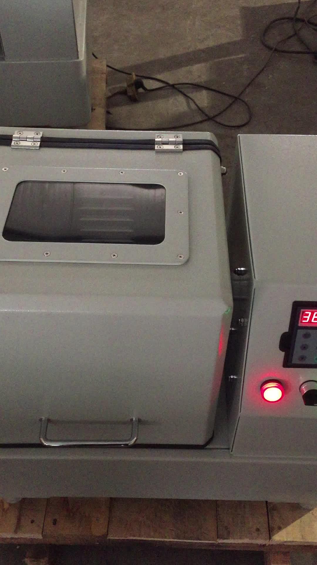 Nanopulver-Planeten-Kugelmühle 0,4L, 2L, 4L, 8L, 12L, 20L von Henan Fineschina Machinery