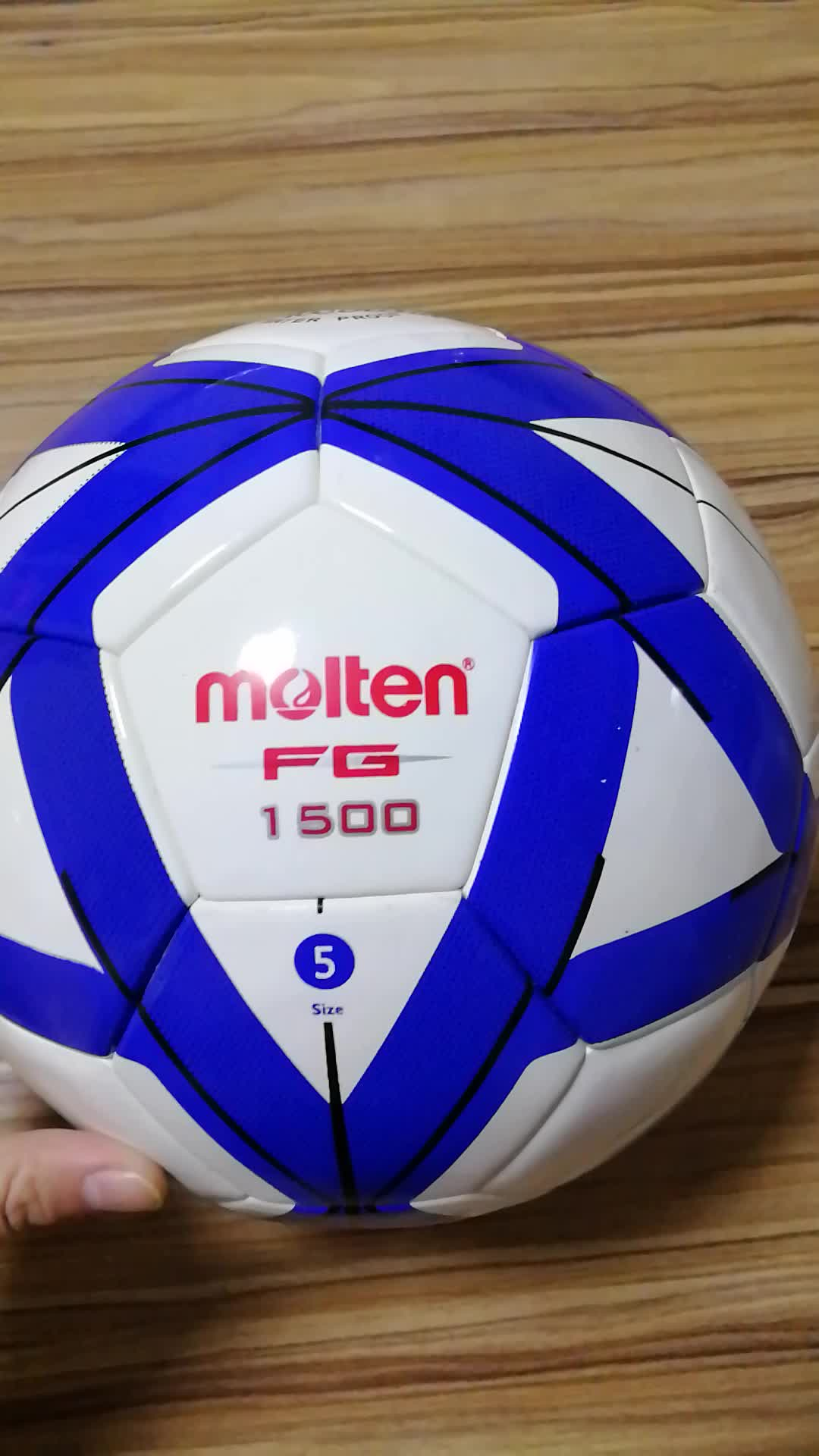 a13e637b8d Wholesale Molten FG1500 3000 size 5 Football Soccer Inflatable Balls  Training China Cheap Footballs Soccer Slime