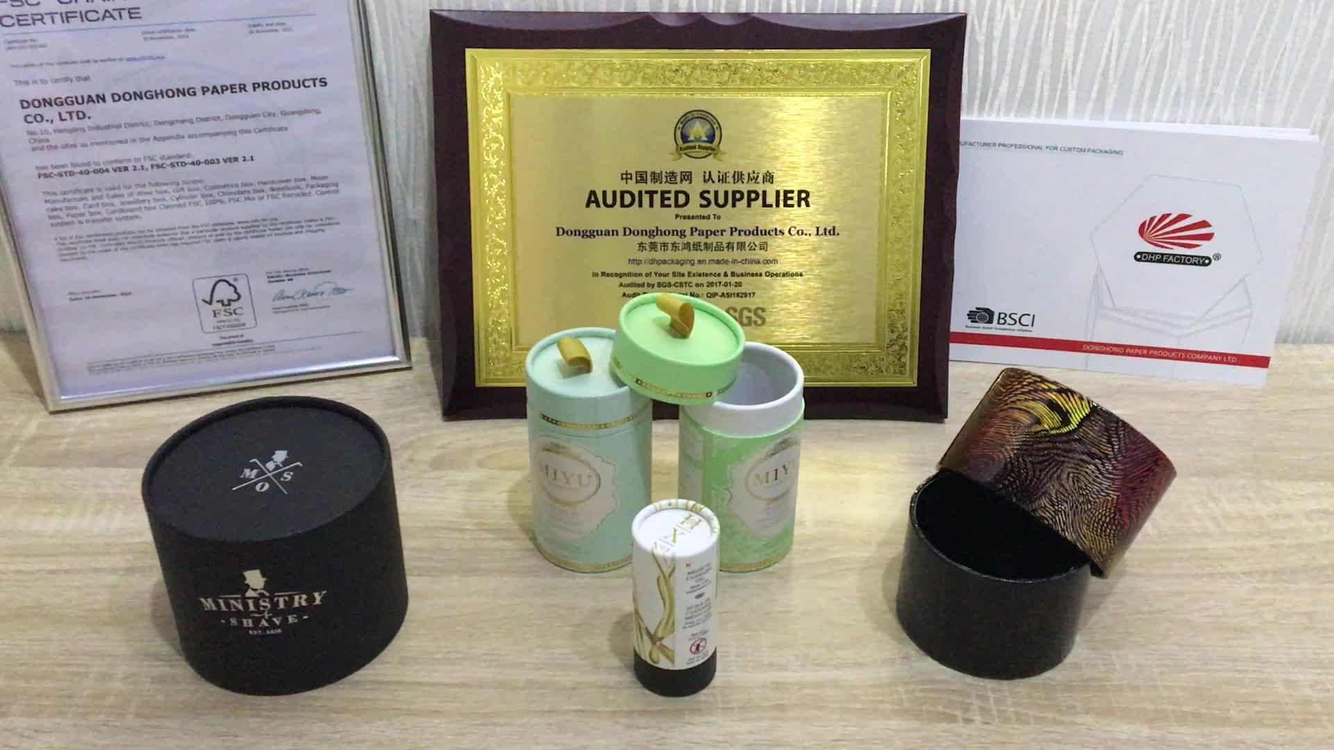 Fabricage Wit Custom Luxe Stijve Kartonnen Cilinder Ronde Kraft Gift Verpakking Papier Lippenbalsem Buis