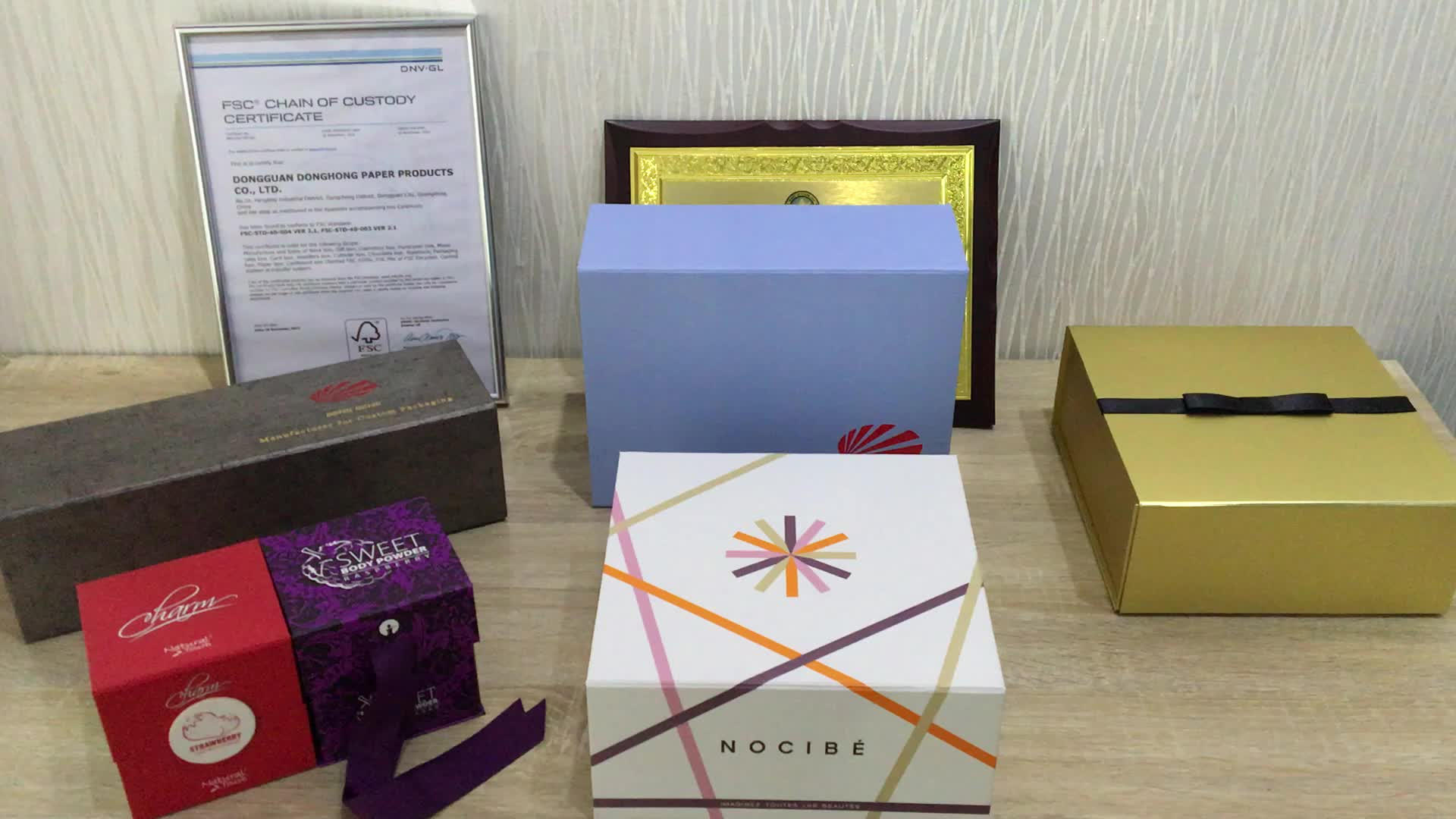 Luxury Custom Empty Magnetic Closure Collapsible Rigid Cardboard Packaging Folding Paper Gift Box