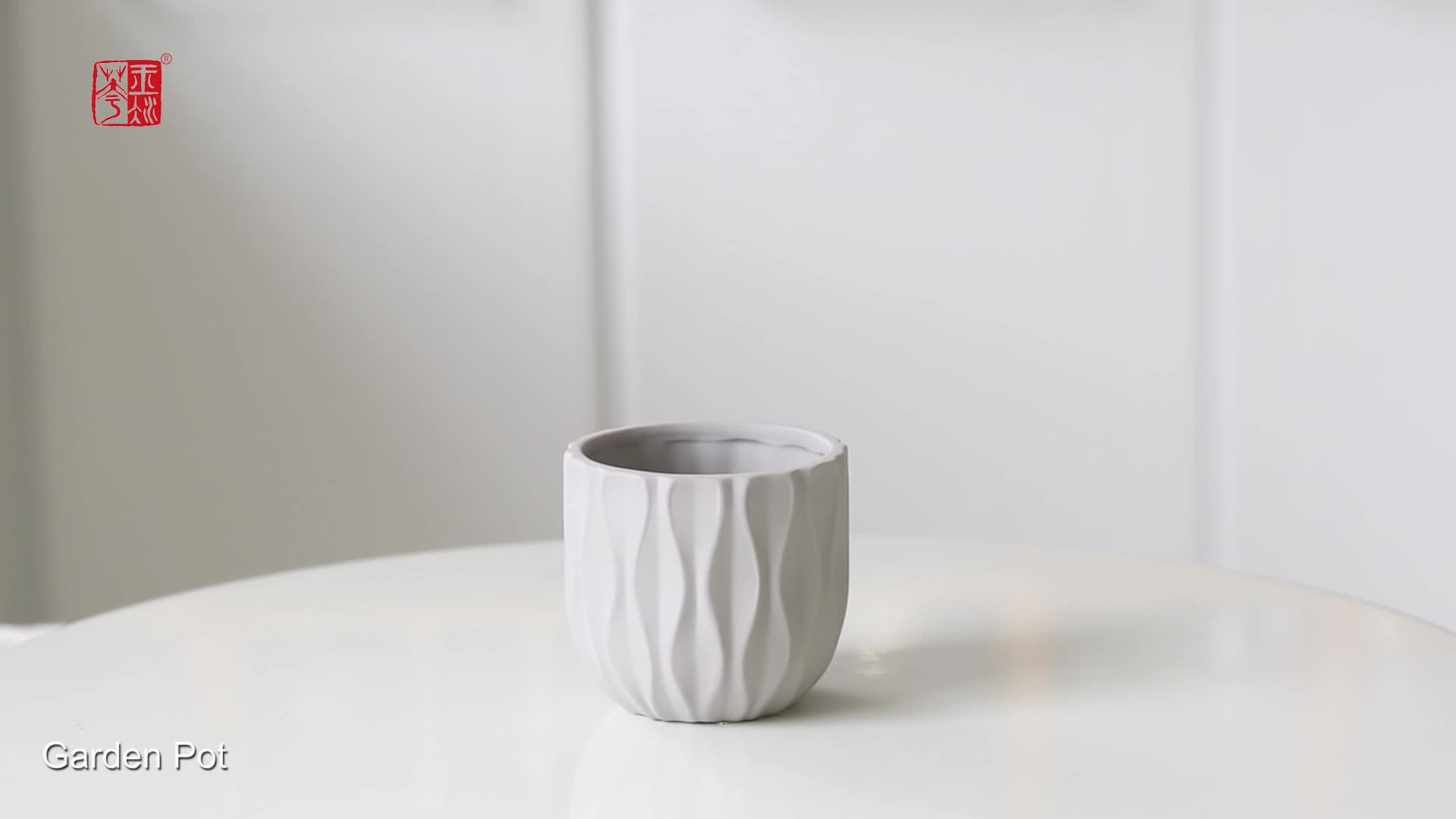 Bulk Wave Textured Design Flower Pot Balcony Decorative Ceramic