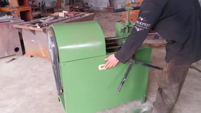 Steel bar peeling machine PH-30