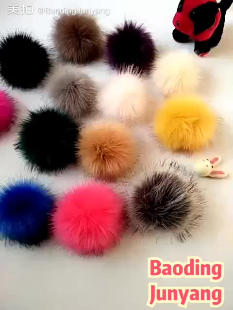 9cm size faux fox fur pompom with small elastic