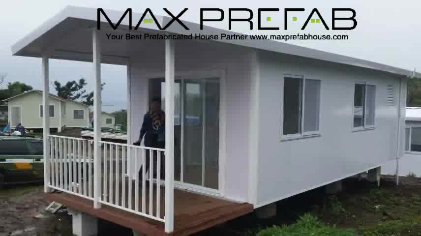 Pc9833 pre painted light steel frame portable house porta for Steel frame cabin