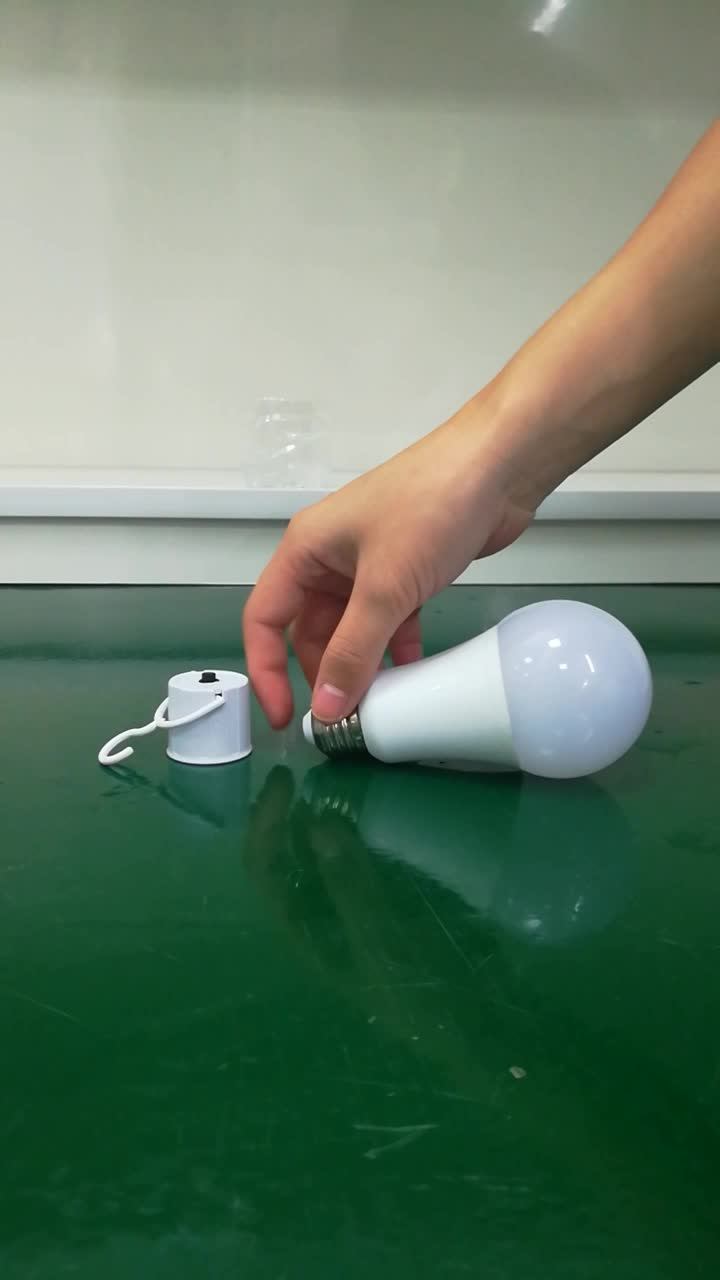 China Factory 6-7 Hours Working Time Led Intelligent 5W 7W 9W 12W E27 B22 Rechargeable Emergency LED Light Bulb CE ROHS