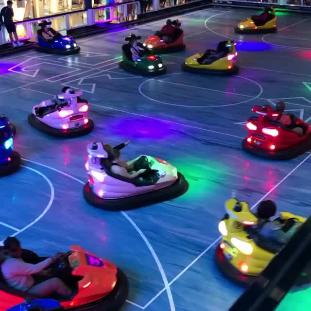Amusement park ground-grid electrical battery bumper car price