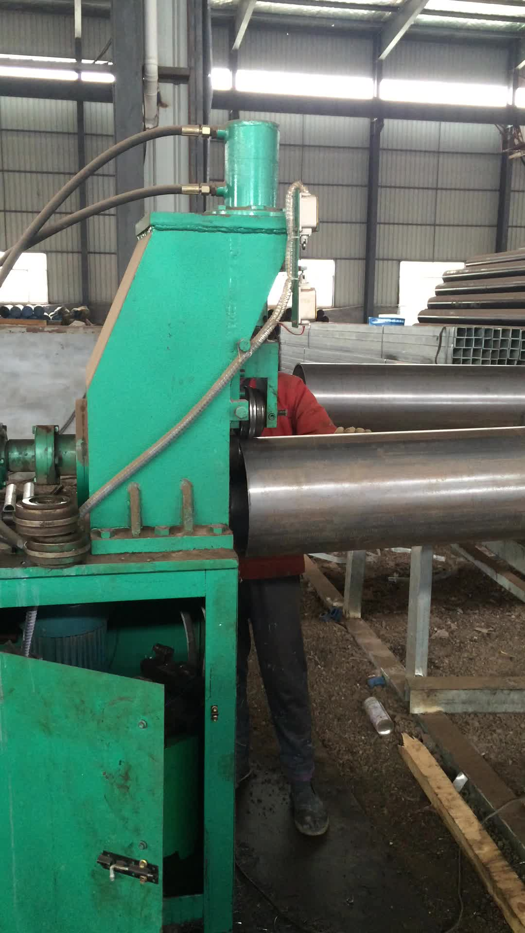Large diameter chrome seamless steel pipe manufacturer