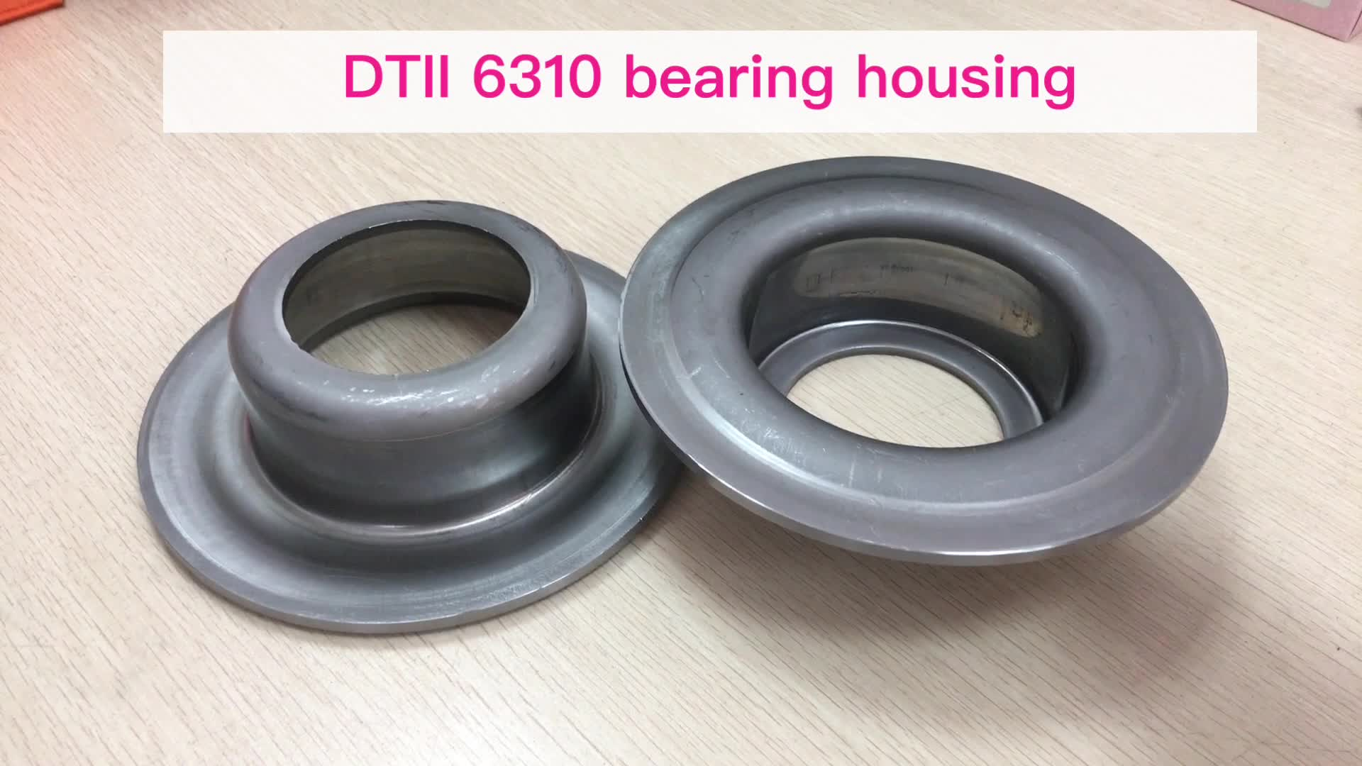 Roller bearing stand bearing housing and mechanical seals DT2/DTII type