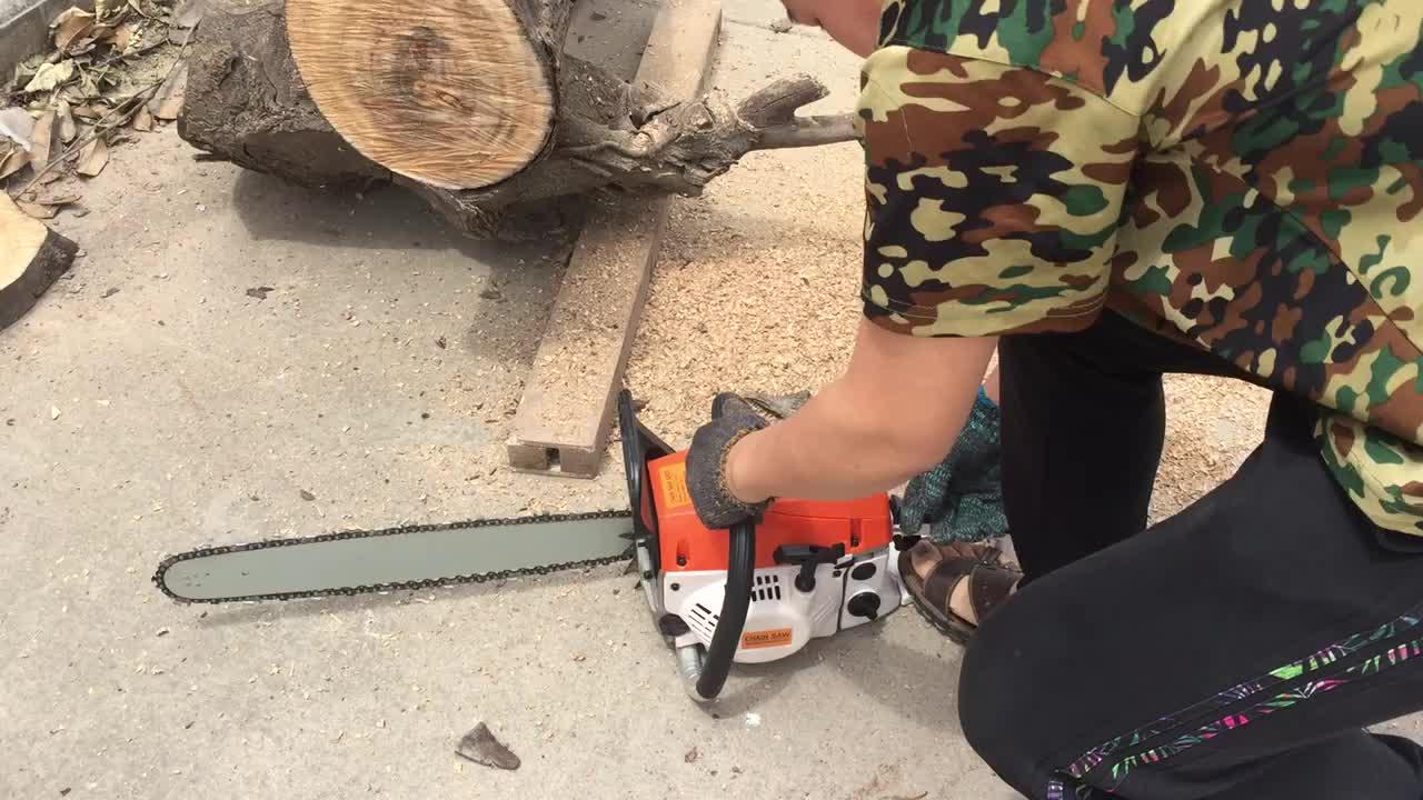 High Quality 5200 52cc 2.2kw 20'' Guide Bar Gasoline Chain Saw