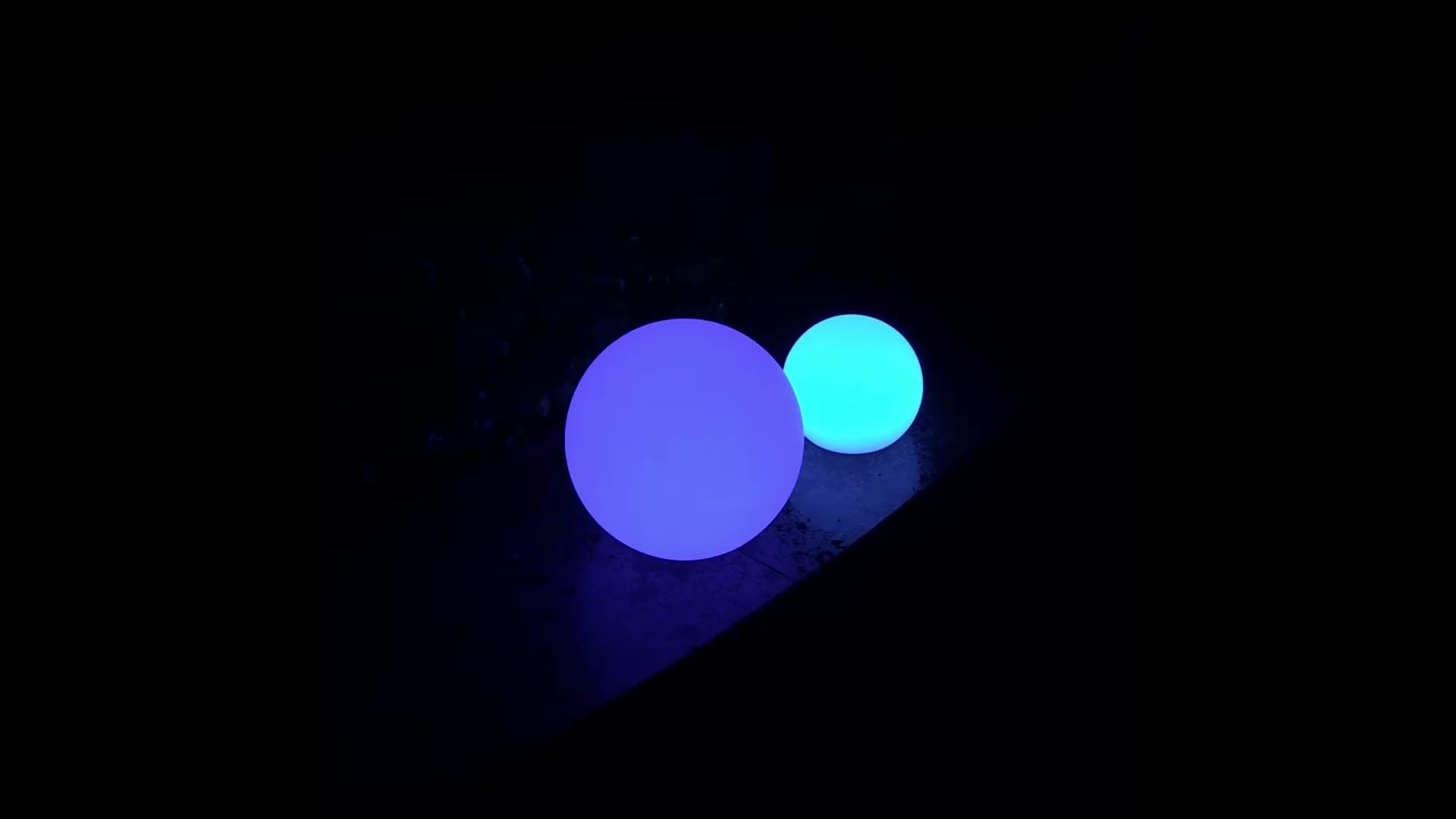 बहु रंग निविड़ अंधकार आउटडोर फांसी प्रकाश गेंदों का नेतृत्व किया सौर चार्ज प्रकाश गेंद का नेतृत्व किया