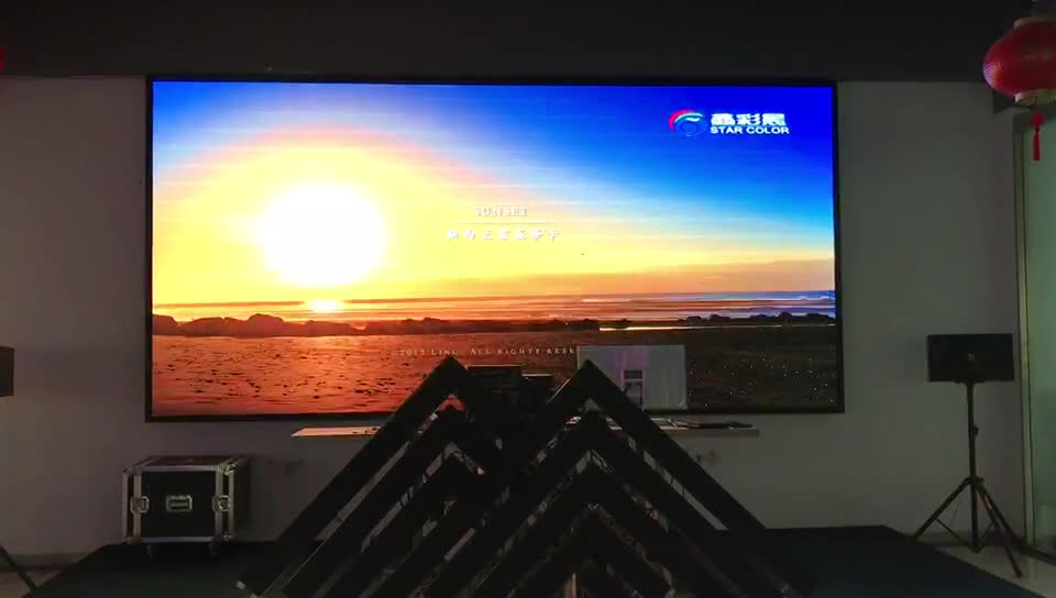 indoor P4 programmable video wall screen panel price flexible led