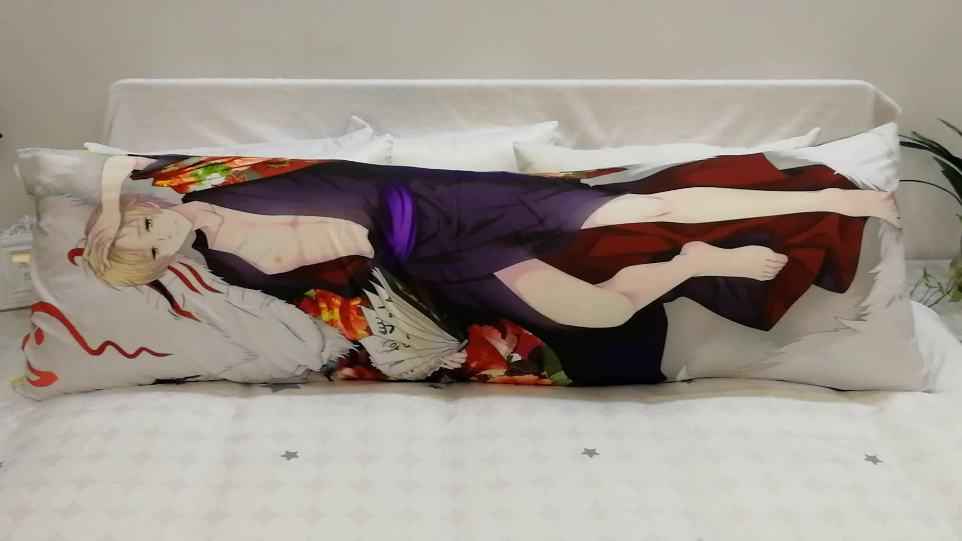 저렴한 도매 애니메이션 베개 케이스 다 키마 쿠라