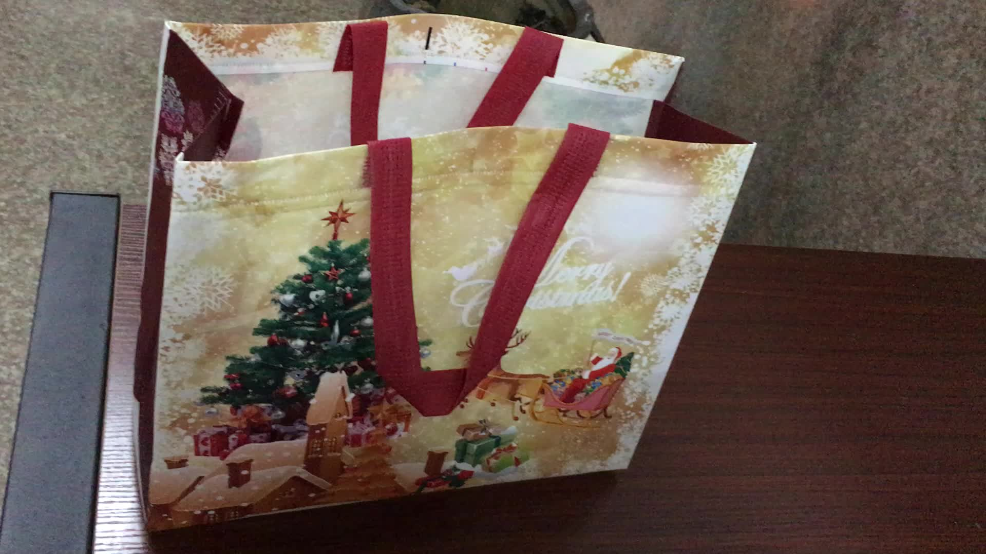 Cheap Factory Wholesale Clearance Christmas Gift Bags In
