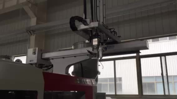 Economic Ac Servo Traversing industrial CNC robot arm VG series