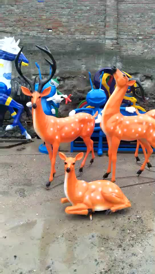 Home & Garden Decorative Fashion New Product Design Fiberglass Life Size Animal Deer Sculpture