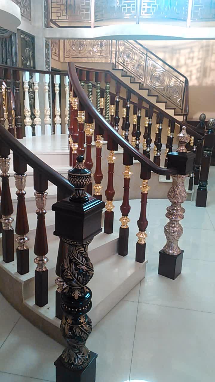 Fancy house balcony aluminium handrail railing designs in india