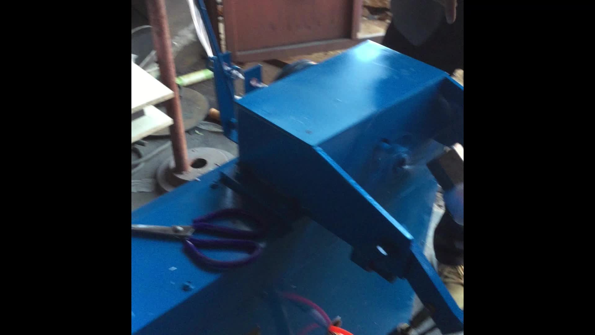 Automatic weight  ball  winder machine in new condition from YiRun